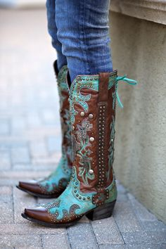 Turquoise boots are in! These might be the perfect way to complete your country festival outfit.