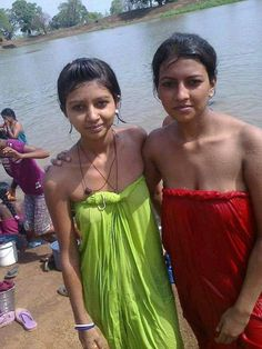 naked in public sarah dodge