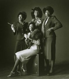 How The Pointer Sisters Went Cosby Vintage Black Glamour, Vintage Soul, Vintage Hair, Vintage Beauty, Cultural, Soul Music, Music Music, African History, Female Singers