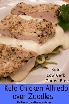 Keto Chicken Alfredo over Zoodles: Breaded gluten free low carb and baked chicken served with creamy Alfredo sauce over healthy zucchini noodles! Low Carb Chicken Recipes, Keto Chicken, Baked Chicken, Low Carb Recipes, Lchf, Easy Homemade Alfredo Sauce, Low Carb Casseroles, Healthy Zucchini, Almond Recipes
