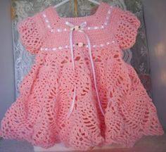 LE GATTE COI TACCHI: Schema Vestitino per neonata all'uncinetto