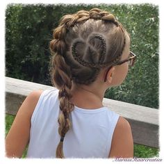 The idea of a hairstyle for a small fashionista, a hairstyle for a girl in a school with a pigtail Baby Girl Hairstyles, Princess Hairstyles, Pretty Hairstyles, Braided Hairstyles, Girl Hair Dos, Hair Doo, Heart Hair, Beautiful Braids, Hair Today