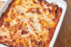 Italiaanse klassieker met 'amore' als hoofdingrediënt - Recept - Lasagne - Allerhande