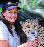 Australia Zoo: Animal encounter with a cheetah, mums dream! #airnzsunshine