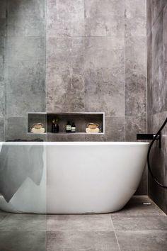 Bathroom Ideas Modern Bathroom Shower Jacuzzi bathtub Washbasins Decor In Grey Bathroom Tiles, Bathroom Renos, Laundry In Bathroom, Modern Bathroom Design, Bathroom Interior, Bathroom Ideas, Grey Tiles, Modern Bathtub, Concrete Bathroom