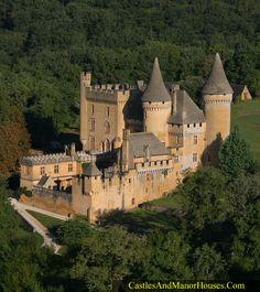 Château de Puymartin, Marquay, Dordogne, France - www.castlesandmanorhouses.com