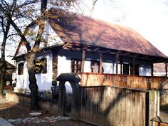 Cultivatorii Directi din Romania: ianuarie 2012 Case, Homeland, Romania, House Styles, Home Decor, Decoration Home, Room Decor, Home Interior Design, Home Decoration