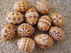 Egg Crafts, Easter Crafts, Egg Shell Art, Easter Egg Pattern, Egg Tree, Crochet Christmas Trees, Easter 2020, Egg Designs, Faberge Eggs