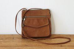 9df5e7683edd2 Vintage FOSSIL Tan Leather Crossbody Bag   Small Cognac Pebble Leather  Cross Body Handbag 072214-1