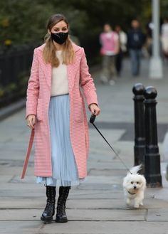 Olivia Palermo Stil, Olivia Palermo Street Style, Milan Fashion Weeks, New York Fashion, What To Wear Today, How To Wear, Doc Martens Outfit, Hippy Chic, Victoria Secret Fashion Show