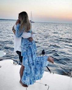 As they were sailing away on a beautiful boat he popped the question! How perfect is that?! http://www.stylemepretty.com/destination-weddings/2017/01/18/camila-carril-proposal/