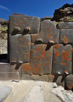 Ollantaytambo is without a doubt one of the most amazing places on Earth. Shrouded in mystery, experts are unable to explain how ancient cultures built this megalithic site thousands of years ago w… Ancient Mysteries, Ancient Ruins, Ancient Artifacts, Ancient History, European History, Ancient Greece, Ancient Egypt, American History, Ancient Architecture