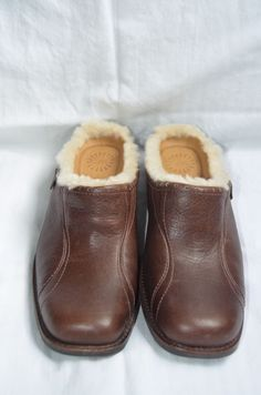 NEW UGG Australia #LANGFORD Brown Shearling Mule Shoes Women's Size 6-Brand New #Ugg #Clogs #Mules