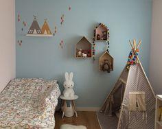 Die Farbgestaltung Kinderzimmer Sollte Ein MIx Sein, Da Kalte Farben  Beruhigen Und Warme Farben Das