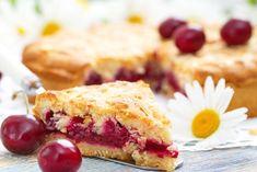 La crostata ciliegie e mandorle è un dolce semplice da preparare ma amatissimo da tutti. Ecco la ricetta