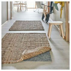 IKEA - LOHALS, Rug, flatwoven, natural, Jute is a durable and recyclable material with natural colour variations. Hallway Furniture, Entryway Rug, Ikea Jute Rug, Diy Tapis, Lohals, Home Interior, Interior Design, Ikea Living Room, Professional Carpet Cleaning