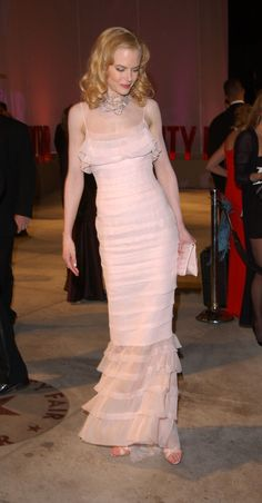 Nicole Kidman in Chanel at the Oscars in 2002. Her outfit included a $4 million-dollar Bulgari necklace that she helped design composed of 241 carats of raw diamonds.  Photo: Getty.
