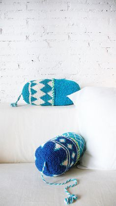 Pillow Crochet Marrakech    blue diamond por lacasadecoto en Etsy, €26.00