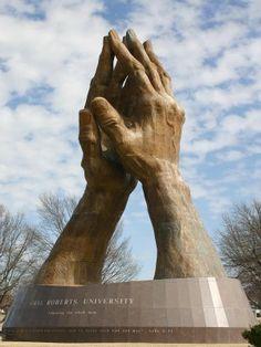Estatua Manos curativas-Oklahoma(Estados Unidos)