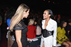 Karrueche Tran Photos Photos - Zulay Henao (L) and Karrueche Tran attend the Vivienne Tam fashion show during New York Fashion Week: The Shows at The Arc, Skylight at Moynihan Station on September 12, 2016 in New York City. - Vivienne Tam - Front Row - September 2016 - New York Fashion Week: The Shows