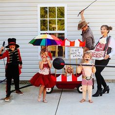 Photo shared by Anna + Gabe Liesemeyer on October 31, 2016 tagging @sollybaby, and @tutudumonde. May be an image of 3 people, child, people standing and outdoors. Family Costumes For 3, Baby Halloween Costumes For Boys, Group Costumes, Baby Costumes, Happy Halloween, Cool Diy, Halloween Karneval, Lion Tamer, Circus Costume