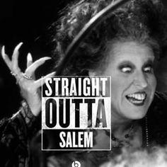 Love of Hallows Eve (jennizaqt: Straight Outta Salem!) So Funny! Best Halloween Movies, Halloween Horror, Halloween Town, Holidays Halloween, Happy Halloween, Halloween Bedroom, Halloween Queen, Halloween Projects, Spirit Halloween
