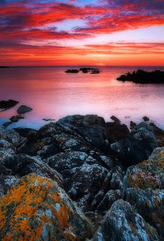 'Fire Sky', Inishowen Peninsula, County Donegal, Ireland; photo by Arend Jan Schenning