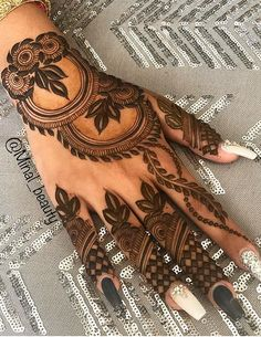 Hello, Friends Mehndi Creation today we are presenting you our BEST Mehndi Design for Girls which is for especially for the younger girls and for this Festive Season and for also the wedding… Khafif Mehndi Design, Rose Mehndi Designs, Henna Art Designs, Mehndi Designs 2018, Mehndi Designs For Beginners, Mehndi Designs For Girls, Mehndi Design Photos, Wedding Mehndi Designs, Mehndi Designs For Fingers