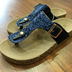 Nuevas sandalias XTI glitter comodísimas para las niñas