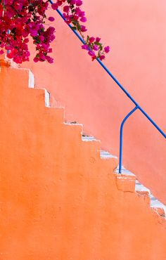 7 Amazing Stairways to Take You to New Visual Heights Kefalonia detail Color Patterns, Color Schemes, Detail Architecture, Rose Orange, Orange Aesthetic, Color Palate, House Wall, Stairway To Heaven, Jolie Photo