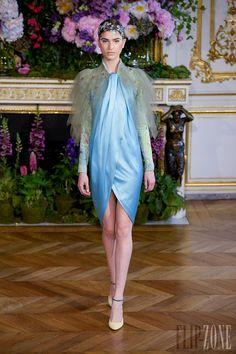 Alexis Mabille - Couture - Fall-winter 2013-2014 - http://en.flip-zone.com/fashion/couture-1/independant-designers/alexis-mabille-3980 - ©PixelFormula