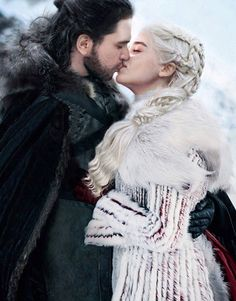 game of thrones scenes sophie turner jon snow daenerys article got feminism sexism Arte Game Of Thrones, Game Of Thrones Facts, Game Of Thrones Quotes, Game Of Thrones Funny, Game Thrones, Game Of Thrones Khaleesi, Game Of Thrones Characters, Jon Snow And Daenerys, Game Of Throne Daenerys