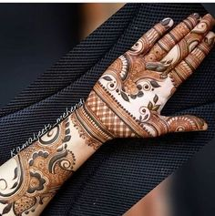 Best Arabic Mehndi Designs For Hands - Art & Craft Ideas Indian Henna Designs, Latest Arabic Mehndi Designs, Henna Art Designs, Mehndi Designs For Girls, Modern Mehndi Designs, Dulhan Mehndi Designs, Mehndi Design Pictures, Wedding Mehndi Designs, Henna Mehndi