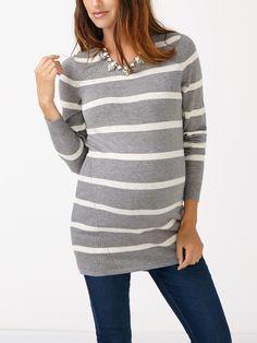 Pour un look impeccable et confortable, enfilez ce chandail de maternité fait de…