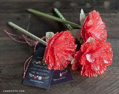 Inove com este artesanato com forminhas de docinho (Foto: skiptomylou.org)