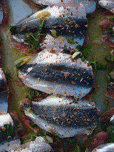 Σαρδέλες παντρεμένες στο φούρνο με μυρωδικά - Miss Tasty The Kitchen Food Network, Fish And Seafood, Food Network Recipes, Food To Make, Vegan, Pisces, Vegans