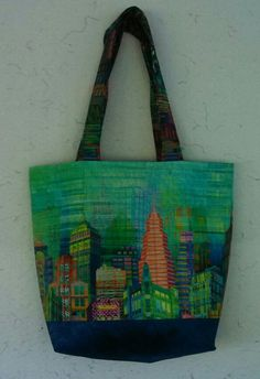 Liking this tote bag Fabric Purses, Couture, Bag Making, Purses And Bags, Reusable Tote Bags, Skyline, Quilts, My Favorite Things, Inspiration