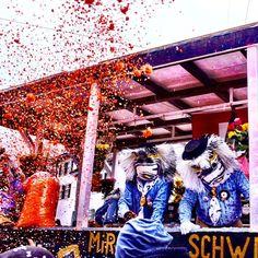 Basler Fasnacht 2017 #tripgourmets #basel #mybasel #baselswitzerland #lovebasel #baslerfasnacht #colorsplash #fasnacht #happypeople #carnival #carnival2017 #carnivalcostume #waggis #räppli #confetti #baselcity #fun #happymoment #costume #travelgram #travel #travelbloggers #swissness #instagood #fasnachtbasel #instahappy #pictureoftheday #chaos #funtimes #happyday