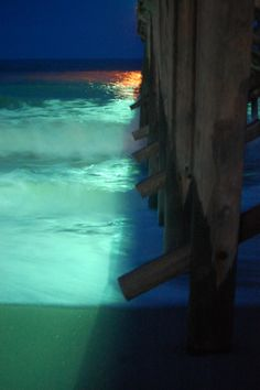 Pier at night. And this is why I lived in NC Ocean Isle Beach, Sunset Beach, North Carolina Beaches, South Carolina, Outter Banks North Carolina, Beautiful Sites, Beautiful Places, Myrtle Beach Nightlife, Oh The Places You'll Go