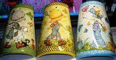 sandylandya@outlook.es Tegoline di terracotta decorate con decoupage.
