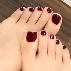 Image may contain: one or more people and close-up feet pedicure art nail art pedi pedicure pedicure fresh feet nails pedicure Fall Toe Nails, Pretty Toe Nails, Cute Toe Nails, Pretty Toes, Gorgeous Nails, Black Toe Nails, Fall Pedicure, Pedicure Colors, Pedicure Nail Art