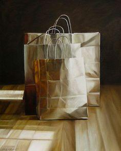 Natureza morta com sacos - Pintura hiper-realista de Karen Hollingsworth