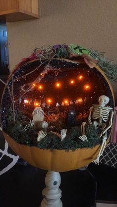 lighted pumpkin diarama made 2014 - Halloween Diorama Ideas
