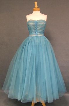 Turquoise Tulle 1950's Dress w/ Rhinestones. I want to make this.