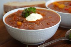 Köttfärsgulasch soppa Chili, Soup Recipes, Lunch, Food And Drink, Victoria, Tips, Chile, Eat Lunch, Chilis