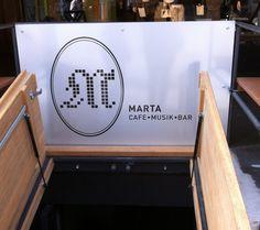 Marta's entrance Entrance, Kitchen Appliances, Cleaning, Dresses, Diy Kitchen Appliances, Vestidos, Entryway, Home Appliances, Door Entry