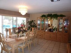 Executive waterfront pool home / Pet Friendly! Fort Myers Beach Florida, Florida Beaches, Beach House, The Neighbourhood, Dining Table, Relax, Homes, Vacation, Pets