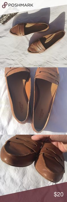 Tan cognac leather slip on loafer flats size 8 Tan cognac leather slip on loafer flats size 8. Unprotected genuine leather. Only worn a few times. Some wear as pictured. Lovely and versatile minimal shoe. Crown Vintage brand NOT Madewell. Happy to model and provide measurements. Offers welcome! Madewell Shoes Flats & Loafers
