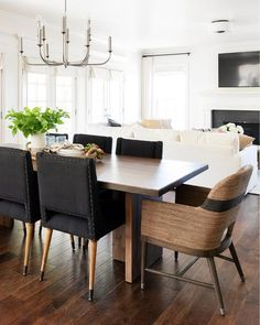 Kitchen Table Chairs, Black Dining Room Chairs, Dinning Room Tables, Dining Room Design, Dinning Table Decor Ideas, Black Kitchen Chairs, Striped Dining Chairs, Modern Table And Chairs, Black And White Dining Room