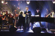 singing-lemon-seed:    Josh Groban on DWTS, 3/26/2013